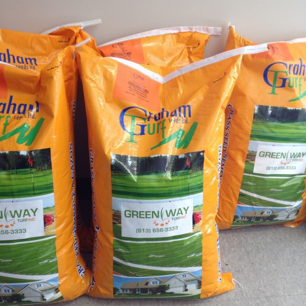 lawn-topdressing